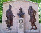Washington_Irving_Memorial_Irvington.jpg