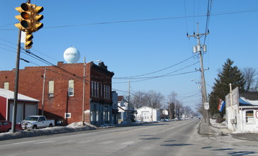 Portage__Ohio_viewed_from_South_Dixie_Highway-026870.JPG