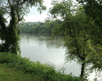 View_of_the_Dan_River_Danville_Virginia.JPG