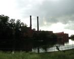 Shuttered_textile_mill_Dan_River_Mills_Danville_Virginia.JPG