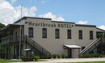 Heartbreakhotel.JPG