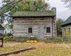 Sylvania_Historical_Village_-_Original_Log_Cabin.jpg