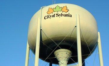 City_of_Sylvania_water_tower.jpg