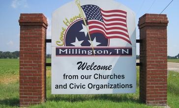Millington_TN_02_welcome_sign_Singleton_Pkwy.jpg
