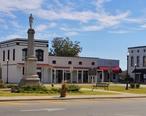 Clayton_Alabama_Courthouse_Square.JPG