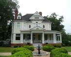 Historical_home_Bainbridge__GA_2007-2.jpg