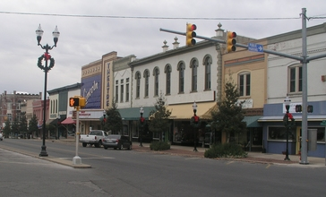 Fayetteville_Tennessee_square.jpg
