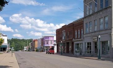 Caldwell_Ohio_Main_Street.jpg