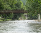 Bridge_over_Oconaluftee_River_in_Cherokee__NC_IMG_4887.JPG