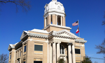 Chickasaw_County_Courthouse.jpg