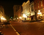 Downtown_Frankfort_KY_at_night.JPG