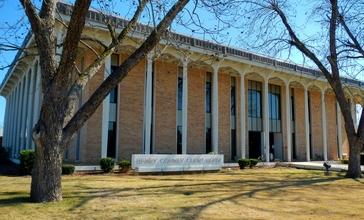 Henry_County__Alabama_Courthouse.JPG