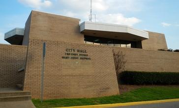 West_Point__Georgia_City_Hall.JPG
