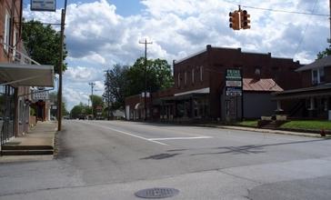 Chapel_hill_tn_street_scene.jpg