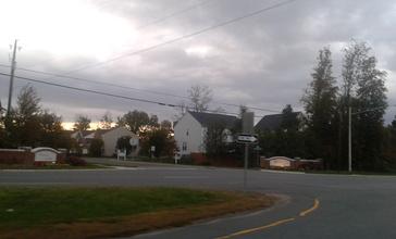 Houses_in_Gainesville__Virginia_.jpg