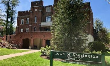 Kensington_Town_Hall.jpg