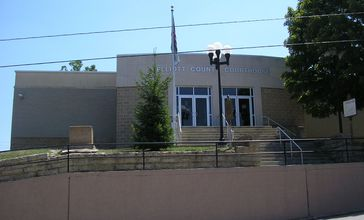 Elliott_County__Kentucky_courthouse.jpg