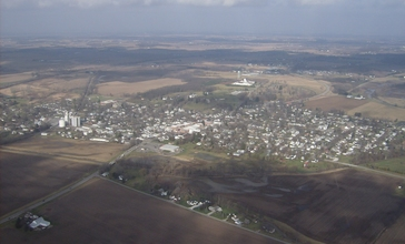 Northward_toward_West_Liberty.jpg
