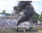 Tractor_Pull_Bowling_Green_OH_2006.JPG
