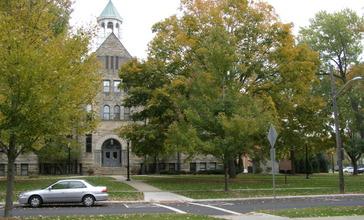 Lyceum_Square_Berea_Ohio.JPG