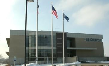 City_Hall_Hiawatha_Iowa_January_2011.JPG