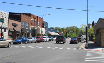 Downtown_Brighton_Michigan_Main_Street.JPG