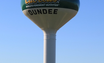 Cabela_s_Water_Tower_Dundee.JPG