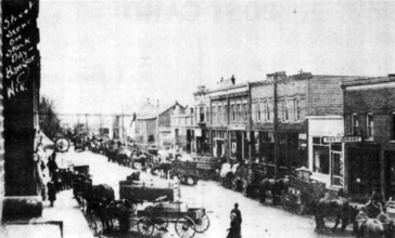 Commercial_street_-_About_1916.jpg