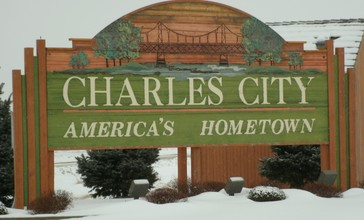 Welcome_Sign_Charles_City__Iowa.JPG