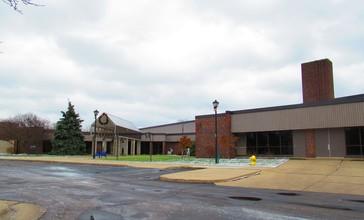 Riverview__Michigan_City_Hall.jpg