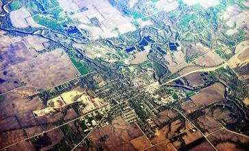 Adel__Iowa_aerial_02A.jpg