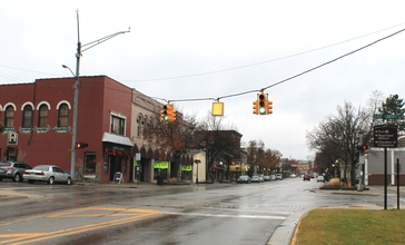 Milford_Michigan_central_business_district.JPG
