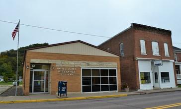 Cassville__WI_post_office.jpg