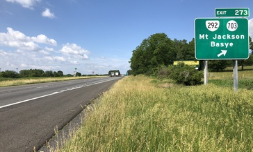 2019-06-06_10_00_17_View_south_along_Interstate_81_at_Exit_273__Virginia_State_Route_292__Virginia_State_Route_703__Mount_Jackson__Basye__in_Mount_Jackson__Shenandoah_County__Virginia.jpg