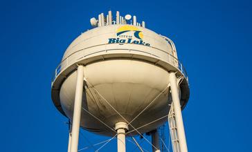 Big_Lake_Water_Tower.jpg
