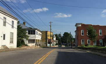 2016-06-26_18_09_42_View_south_along_Virginia_State_Route_42__Main_Street__at_Rockingham_Street_in_Timberville__Rockingham_County__Virginia.jpg
