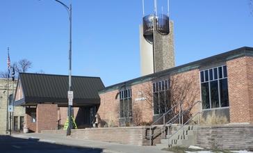 Ripon_Wisconsin_City_Hall.jpg