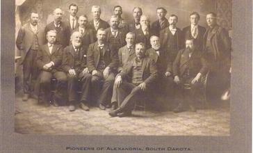 Pioneers_of_Alexandria_South_Dakota_1880-82.jpg
