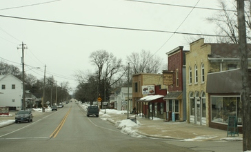 Eagle_Wisconsin_Downtown_Looking_East_County_NN.jpg