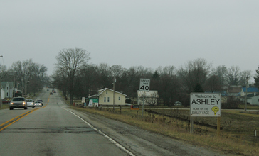 US6_West_-_Ashley__Indiana__33108096004_.jpg