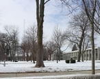 Elkhorn_Wisconsin_Town_Square.jpg