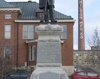 Civil_War_Memorial_Statue_in_Two_Rivers.jpg