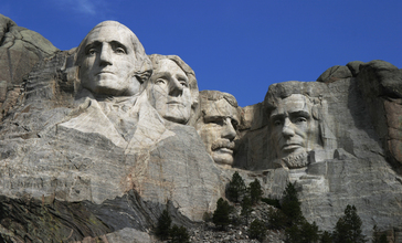 Dean_Franklin_-_06.04.03_Mount_Rushmore_Monument__by-sa_-2_new.jpg