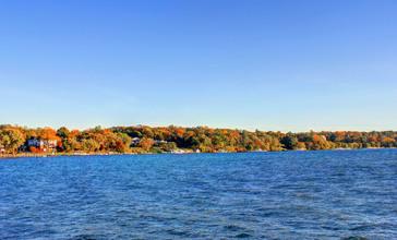 Gfp-wisconsin-lake-geneva-across-the-lake.jpg