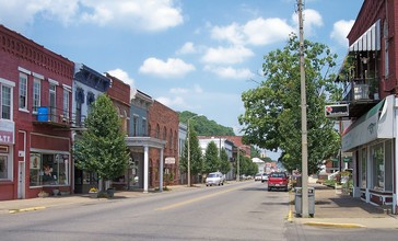 Middleport_Ohio_2nd_Avenue.jpg