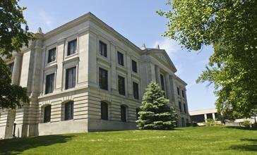 Hendricks_County_Indiana_Courthouse.jpg