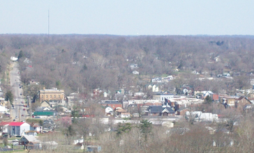 Downtown_Corydon_Indiana_viewed_from_the_Pilot_Knob_in_the_Hayswood_Nature_Reserve.jpg