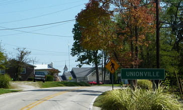 Entering_Unionville__Indiana__from_the_east_-_P1100353.JPG