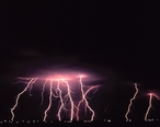Cloud-to-ground_lightning2_-_NOAA.jpg