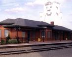 Garden_City__Amtrak_station__in_2008.jpg